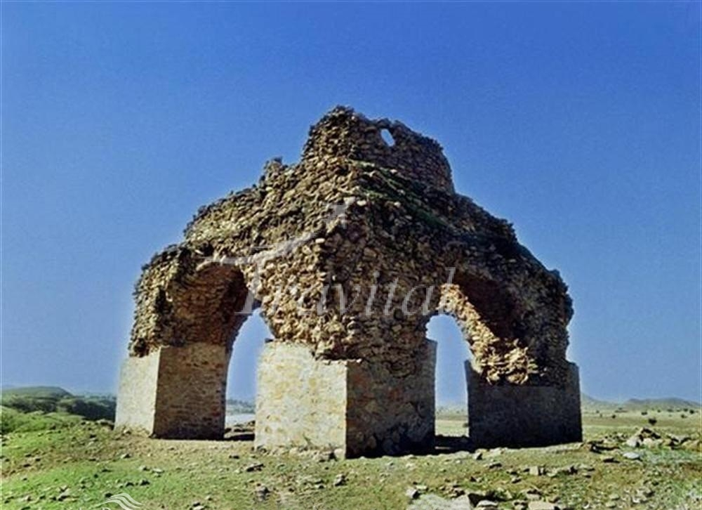Gol-e-Sorkhdan Fire Temples – Dehdasht (Kohgiluyeh)