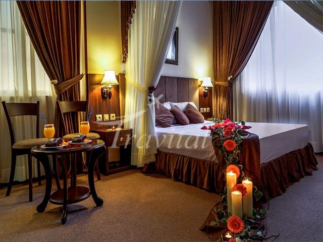 Kiana Hotel Mashhad 4