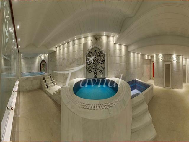 Kiana Hotel Mashhad 8