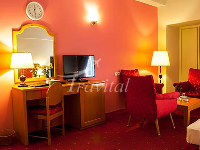 Pardisan Hotel Mashhad 3