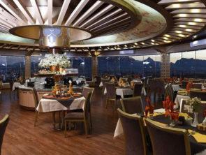 Luxury hotel Isfahan