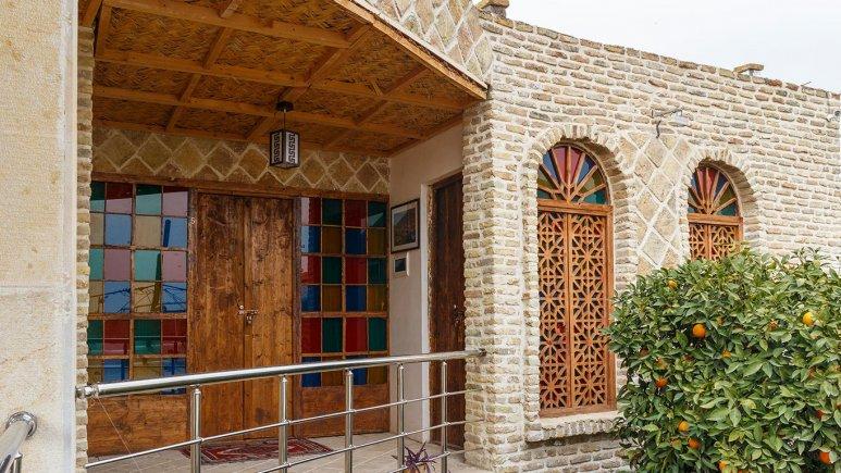 Golestan Raaz traditional hotel